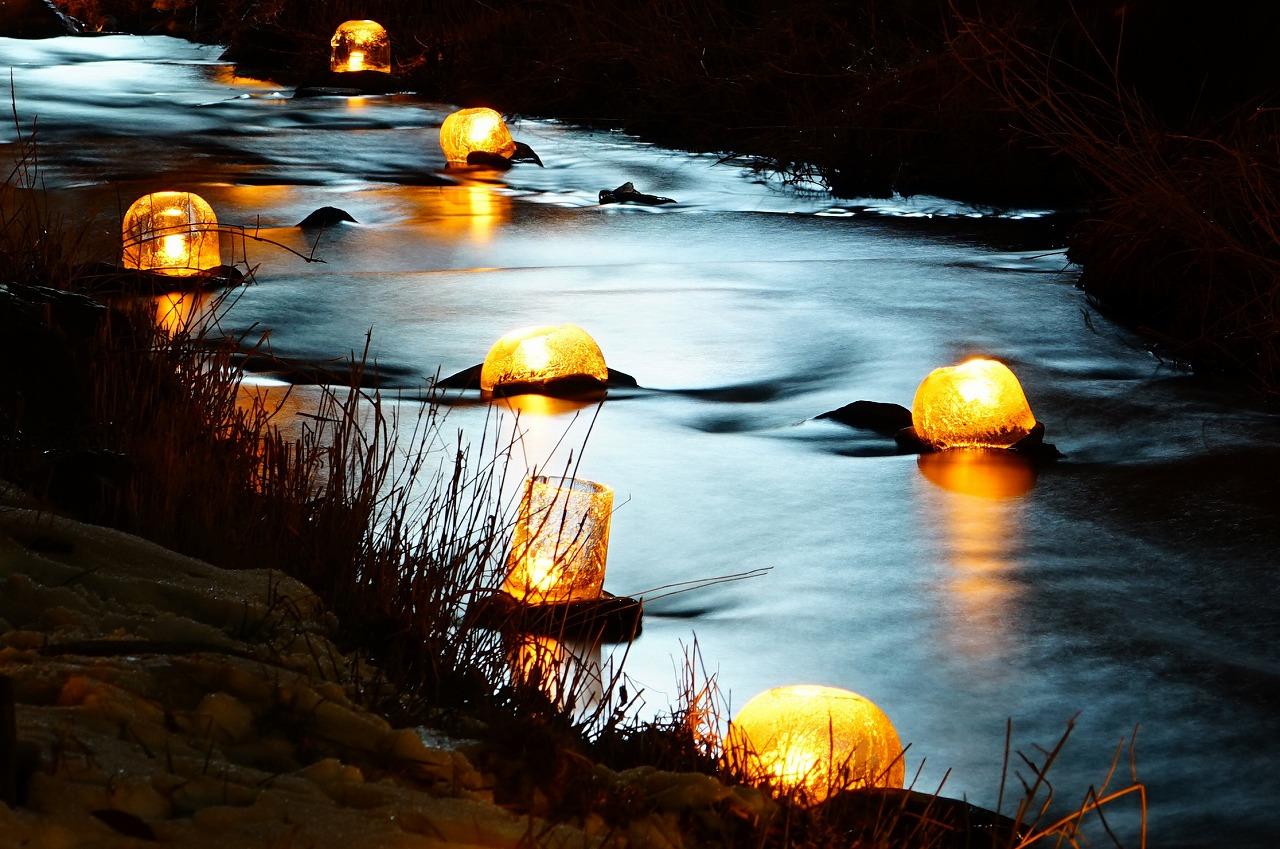 ⑤川面に浮かぶ
